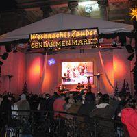 07-12-14 Muzet Royal Gendarmen-Weihnachtsmarkt