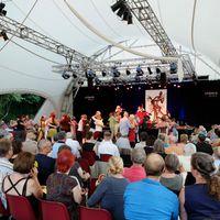 2013 07 20 Tangonale hell mit viel Publikum und TA nzern 201844 DSCF6215-