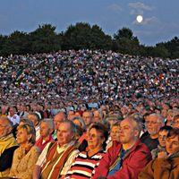 07-08-25 Britzer Garten Publikum