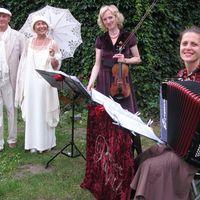 09-06-27 romantische Hochzeit in der Rosenvilla Paretz