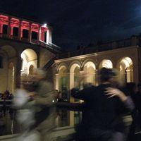 09-09-05 zweitfoto Belvedere Vollmond-Tango