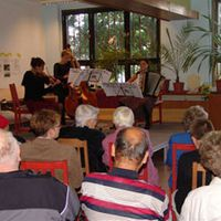 05-10-03 Nachbarschaftszentrum Bergen auf Rügen zum Tag der Einheit 2005