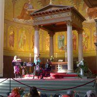 2018 03 18 Gedeckter Tisch Nikolaikirche Potsdam Muzet Royal seitlich farbkorr-