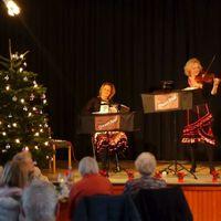 2019 12 19 Duo Muzet Royal Weihnachtsfeier Vivantes Jungferneheide Vordergrund unscharf2 2-